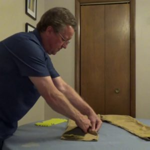 How to Insert Carhartt Knee Pads into Work Pants