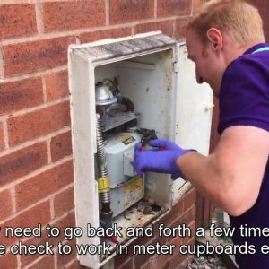 Working safely: gas safety checks